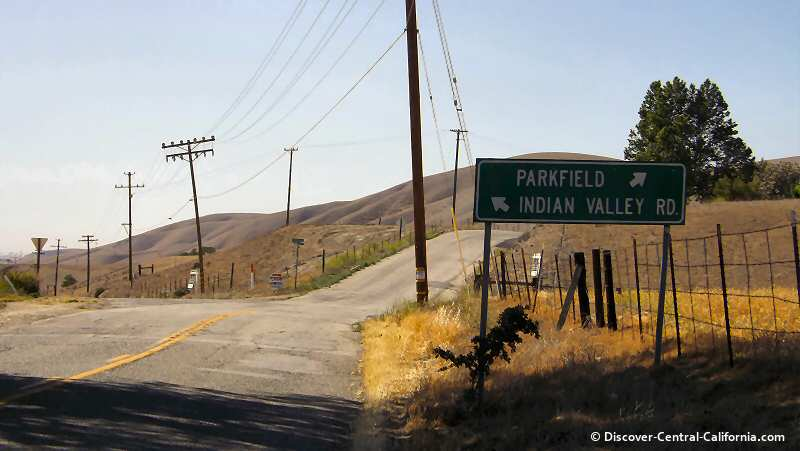 The intersection of Vineyard Canyon Road and Indian Valley Road