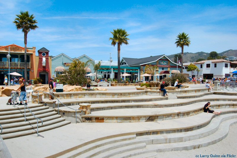 The main plaza at Avila Beach