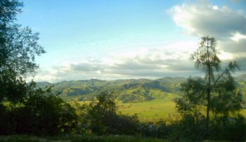 A gorgeous scenic view on a Central California backroad