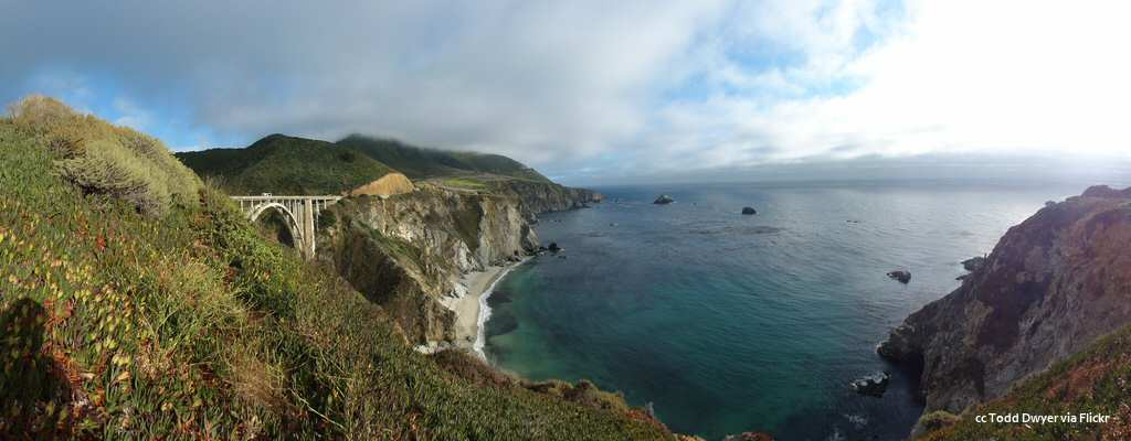 Panorama view of the coast and Bixby Bridge
