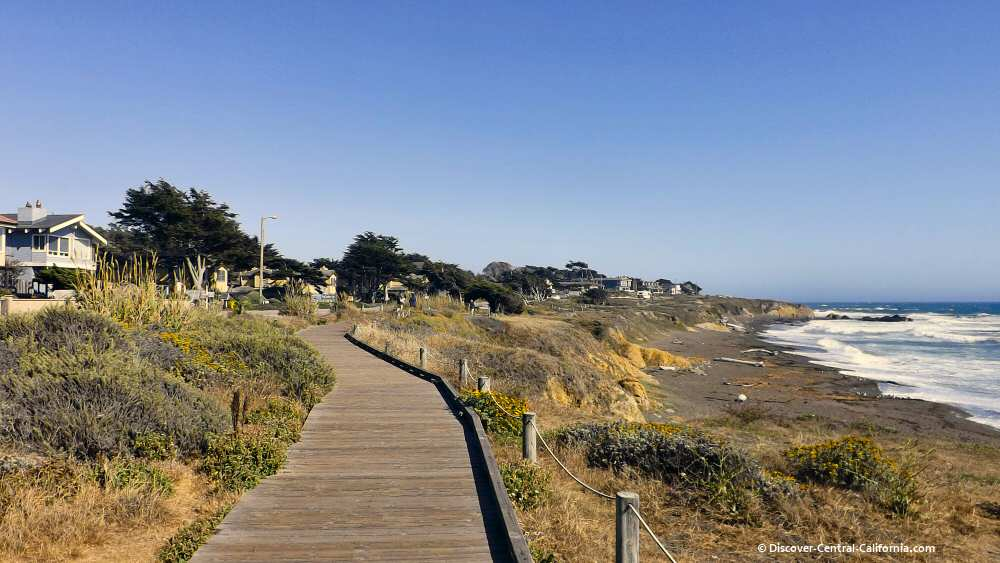 Looking south along the Moonstone Beach boardwalk