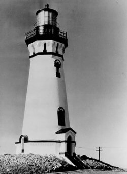 Pre-1949 photo of the Piedras Blancas Lighthouse