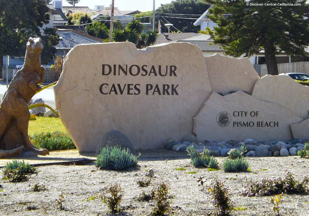 Main sign at the Dinosaur Caves Park