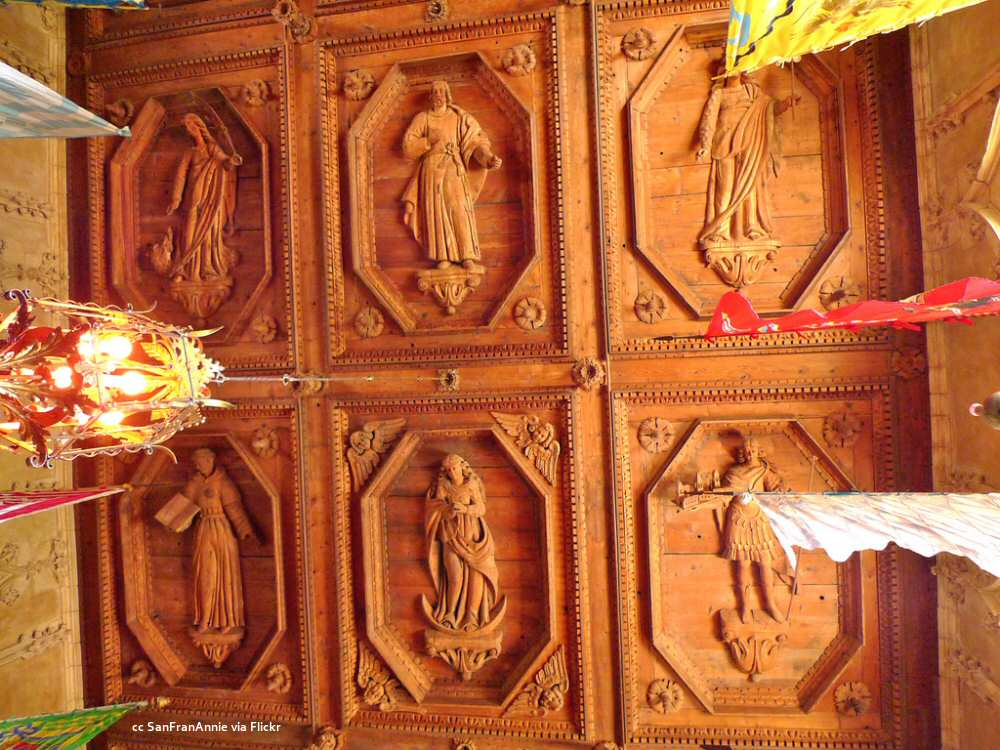 Dining hall carved ceiling detail