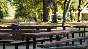 The picnic area and playground at Nojoqui Falls park