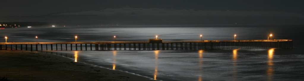 Beautiful view of the Pismo Beach pier at night