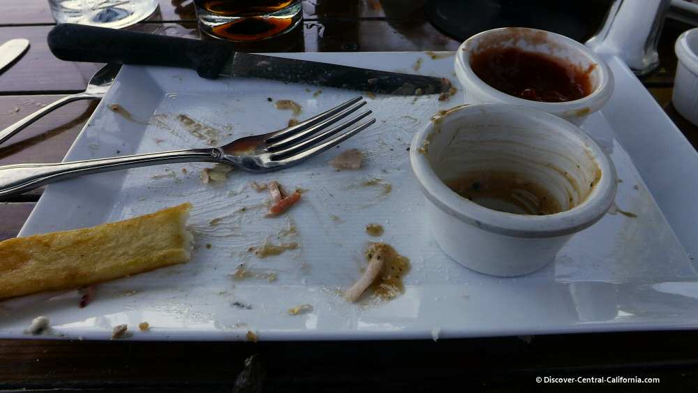 Empty plate at Ragged Point restaurant