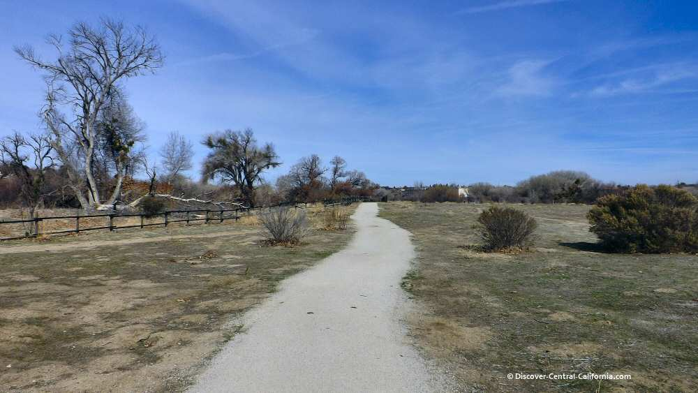 Salinas River Walk in Larry Moore Park