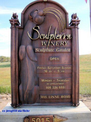 Sculpterra Winery main sign
