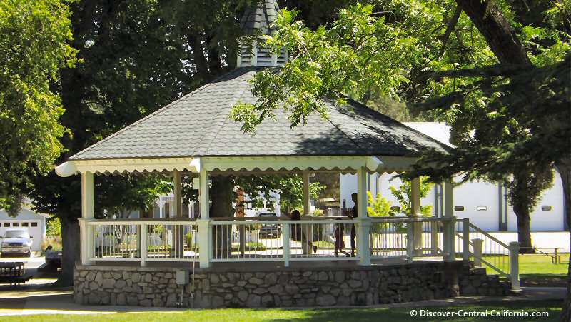 Gazebo in Templeton Park