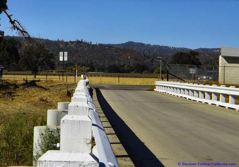 At the end of the bridge is the confluence of Vineyard Canyon Road, Parkfield-Coalinga Road and Cholame Road