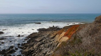 The rocky beach along the Bluff Trail at the Fiscalini Ranch Preserve in Cambria
