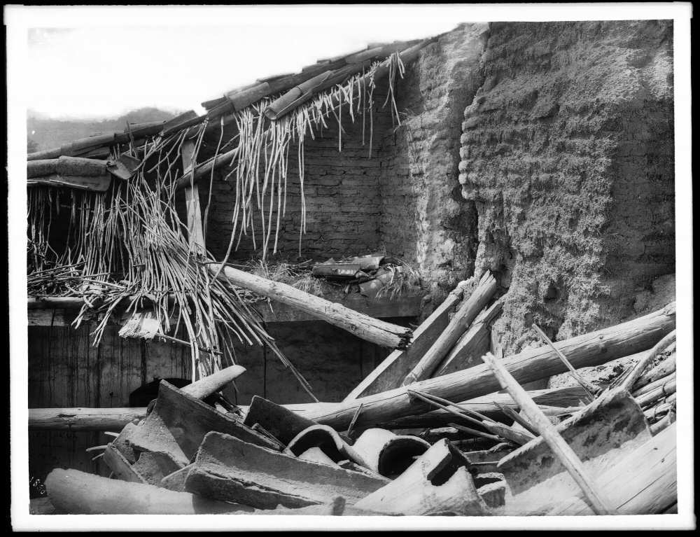 1904 - the weather is fatal to exposed adobe